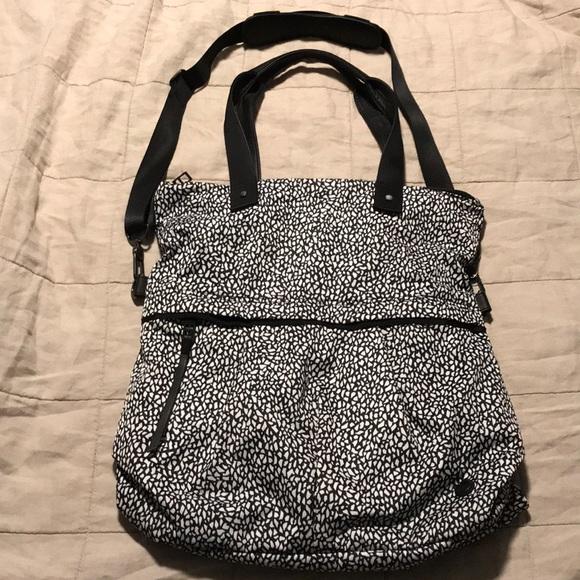 a54f3f5829 lululemon athletica Bags | Lululemon Twice As Nice Tote Bag | Poshmark